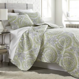 Pure Melody Reversible Quilt Set