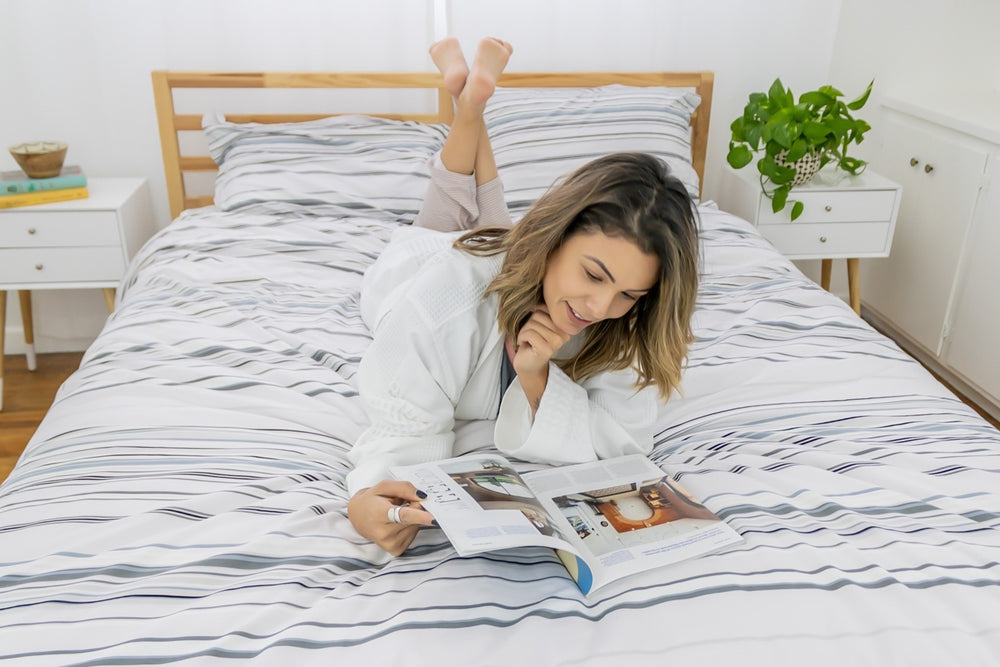 6 Key Benefits of Reading Before Bed