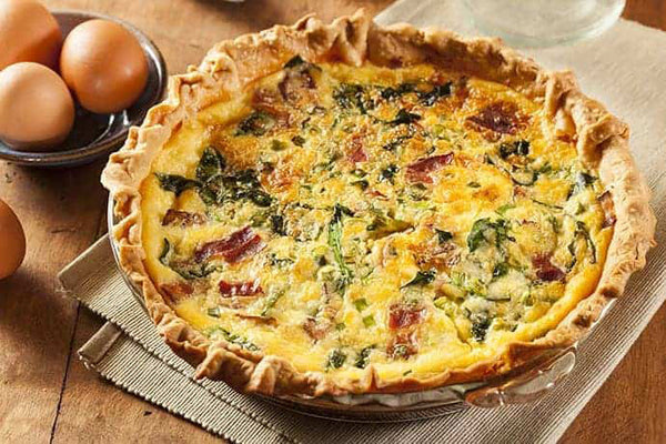 easy bacon, cheese, and spinach quiche