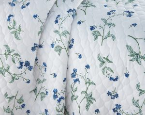 Myosotis scorpioides Quilt Sets in White