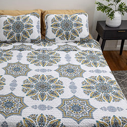 aqua medallion print quilt bedroom set