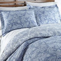 blue and white paisley print comforter and sham set
