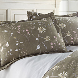 brown floral print chic comoforter and sham set