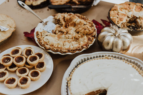 Thanksgiving dinner desserts and pies