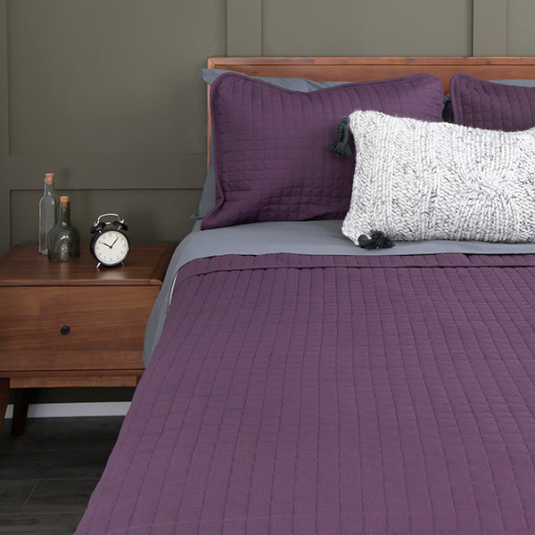 vilano quilt set in purple