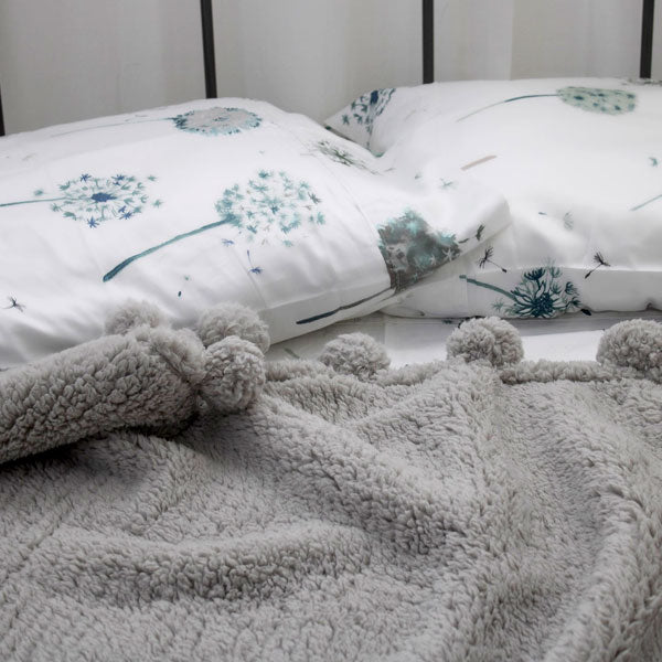white floral print cotton pillowcase modern bedroom set