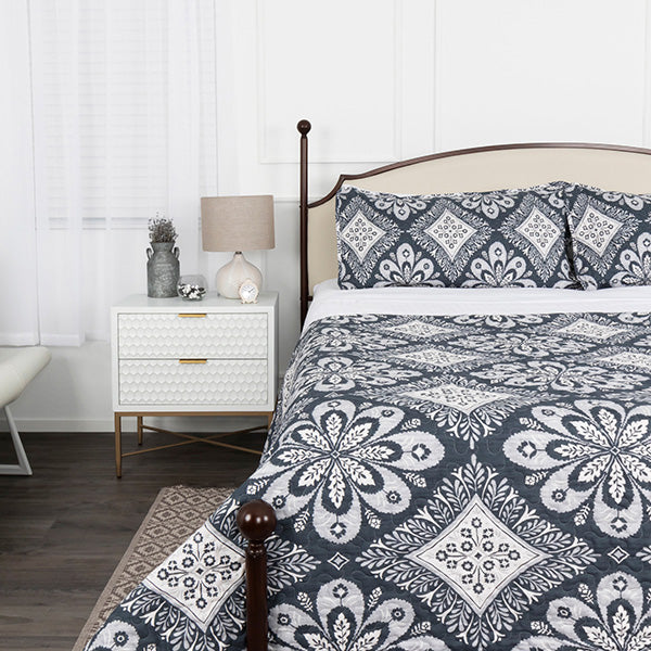 Tranquility Quilt Set