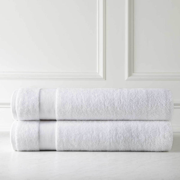 Ultra-Soft Medium Weight Classic Towel Set by Southshore Fine Linens in White