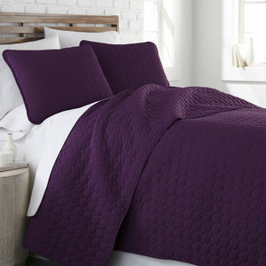 Ultra-Soft Reversible Circle Embroidered Quilt Set in Purple
