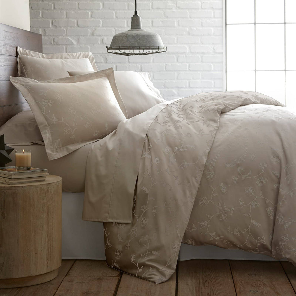 Sweetbrier cotton duvet cover in sand