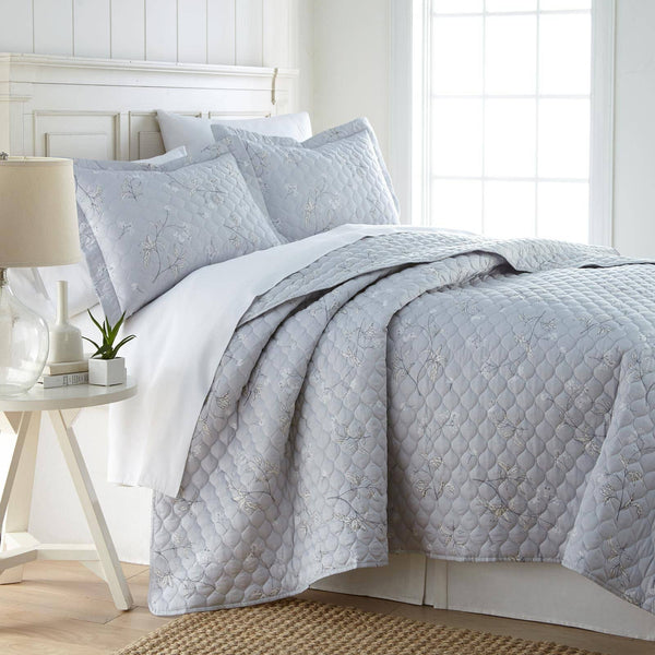 Myosotis Scorpiodes 100% Cotton Sateen Ultra-Luxurious & Soft Quilt Set in Grey