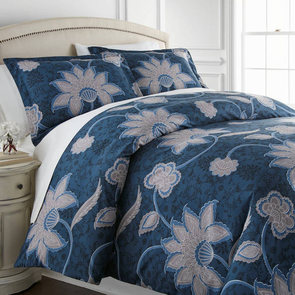 Grand Floral Duvet Cover Set in Blue