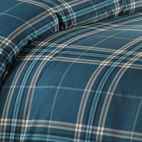 Vilano Plaid Reversible Duvet Cover Set in Blue