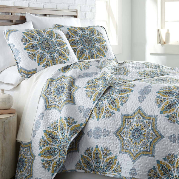 Infinity Reversible Quilt and Sham Set in Aqua