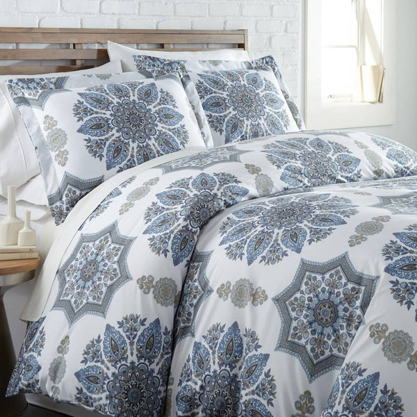 Infinity Reversible Duvet Cover and Sham Set in Blue
