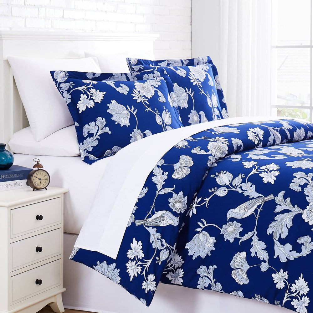 Early Springs Comforter Set in Blue