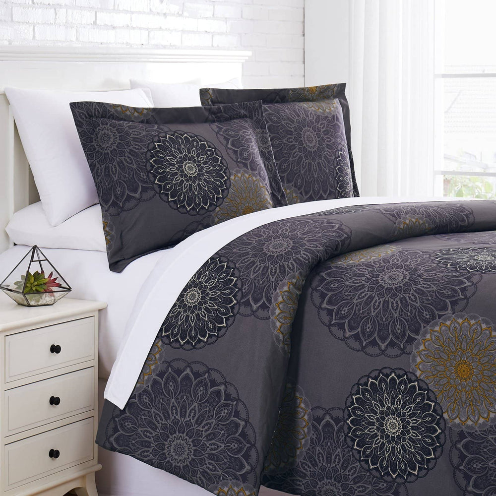 Midnight Floral Comforter Set in Black