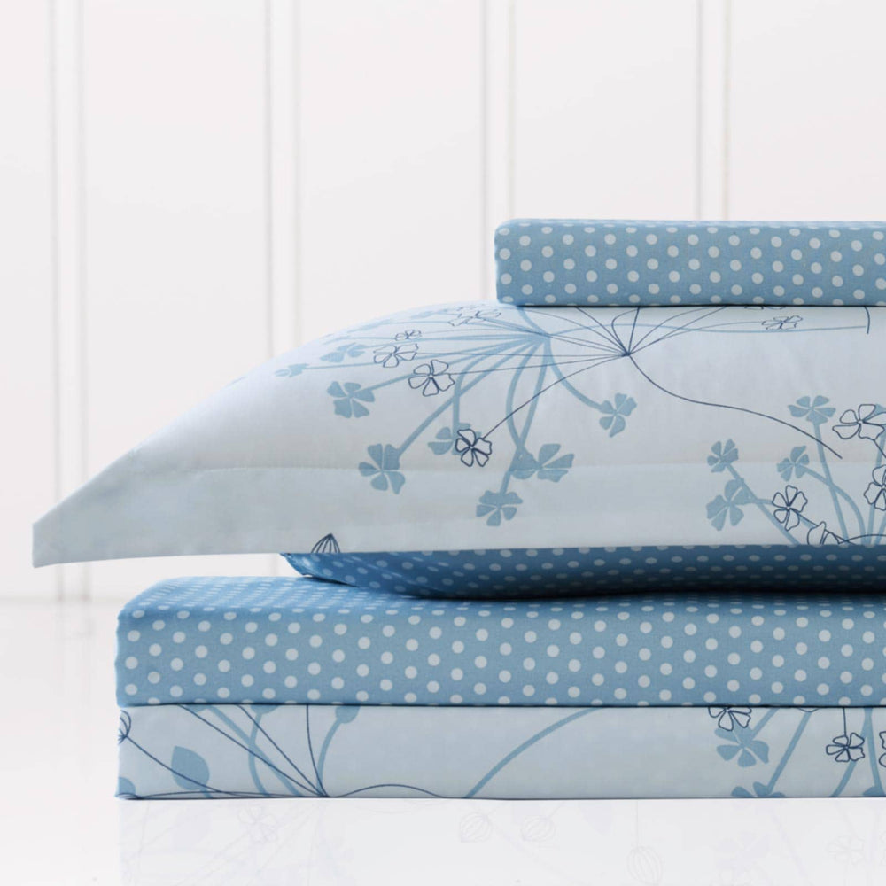 Soft Floral Reversible Duvet Cover in Blue
