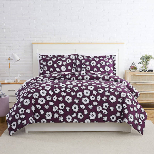 Essence Duvet Cover in Purple
