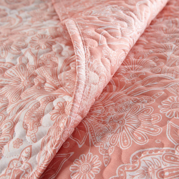Reversible Coral Haze Perfect Paisley Microfiber Quilt and Sham Set by Southshore Fine Linens Image 3