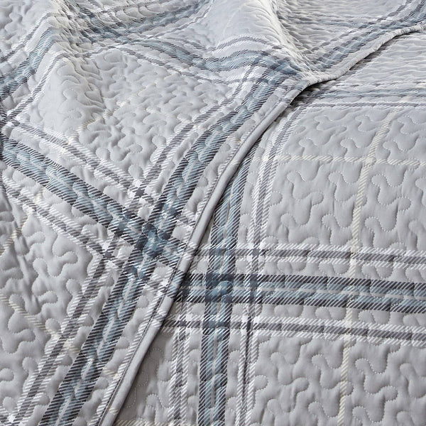 Vilano Plaid Reversible Quilt Set in Grey