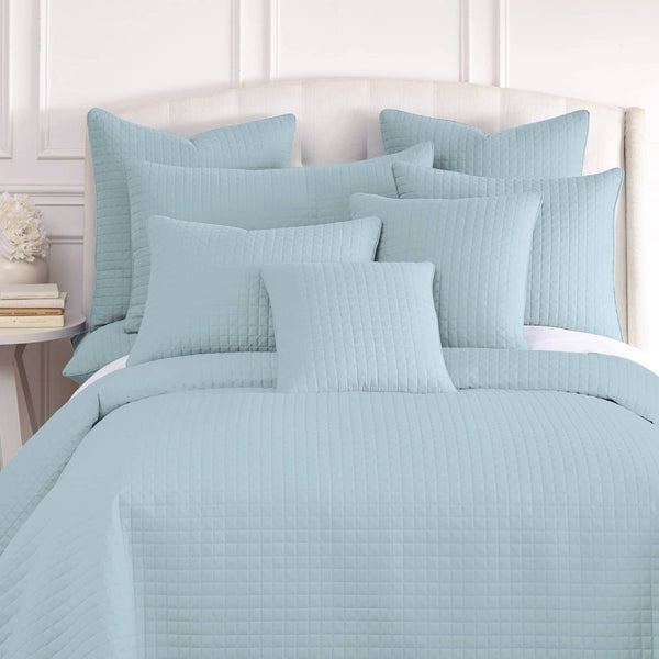Vilano Quilted Shams in Sky Blue