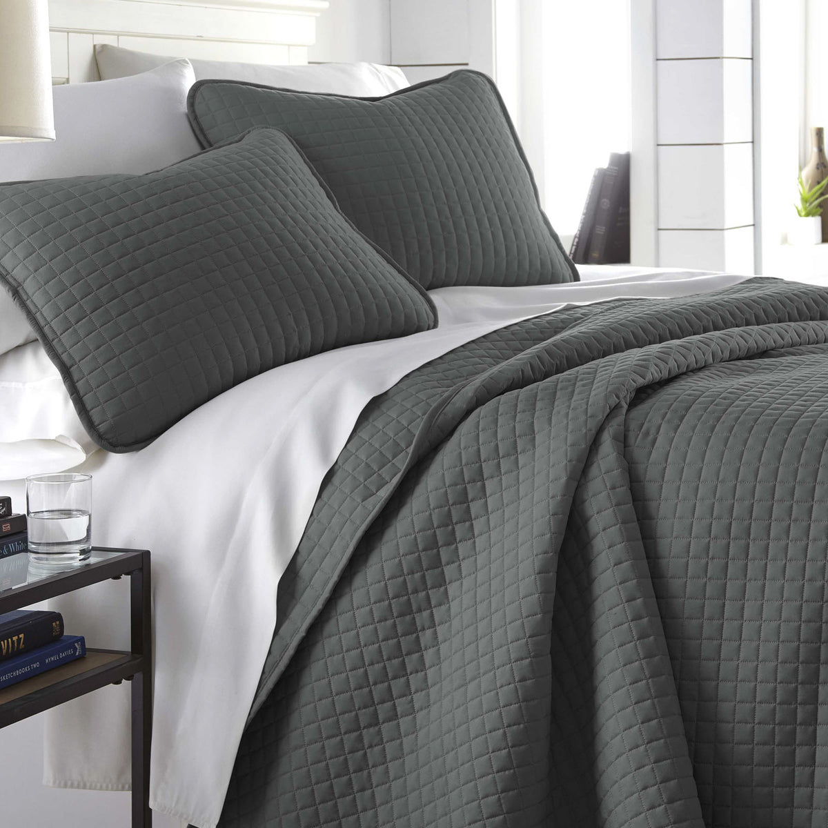Classic Square Stitch Oversized 3 Piece Embroidered Solid Quilt Set Southshore Fine Linens