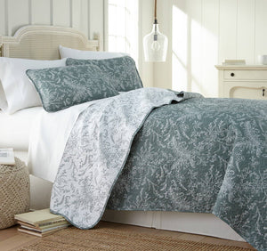 Reversible Teal Winterbrush Microfiber Quilt and Sham Set by Southshore Fine Linens Main Image