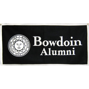 Black banner with white trim. White imprint of Bowdoin sun seal on left, BOWDOIN over ALUMNI on left.