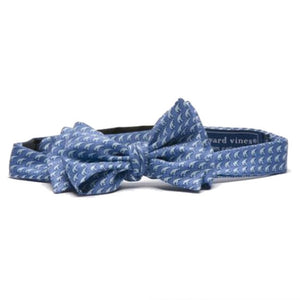 Light blue bowtie with all-over polar bear print.