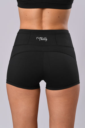 Twist Shorts (Black)
