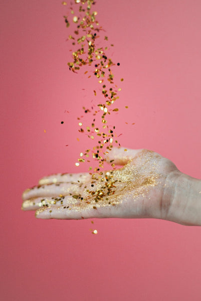 The 5 Cosmetic Glitter Gels You Need To Add To Your Makeup Routine