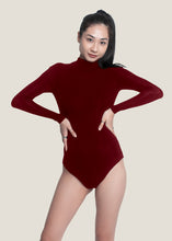 Load image into Gallery viewer, Caitlin Bodysuit - Burgundy - Nacré
