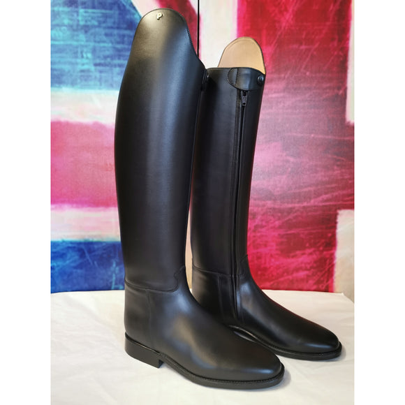Boot 31 Petrie Olympic Black - Ex Display