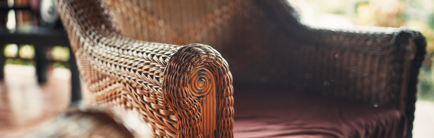 cleaning wicker furniture pieces