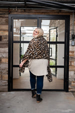 Load image into Gallery viewer, Leopard Print Scarf