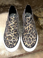 Load image into Gallery viewer, Leopard Slip On Sneaker