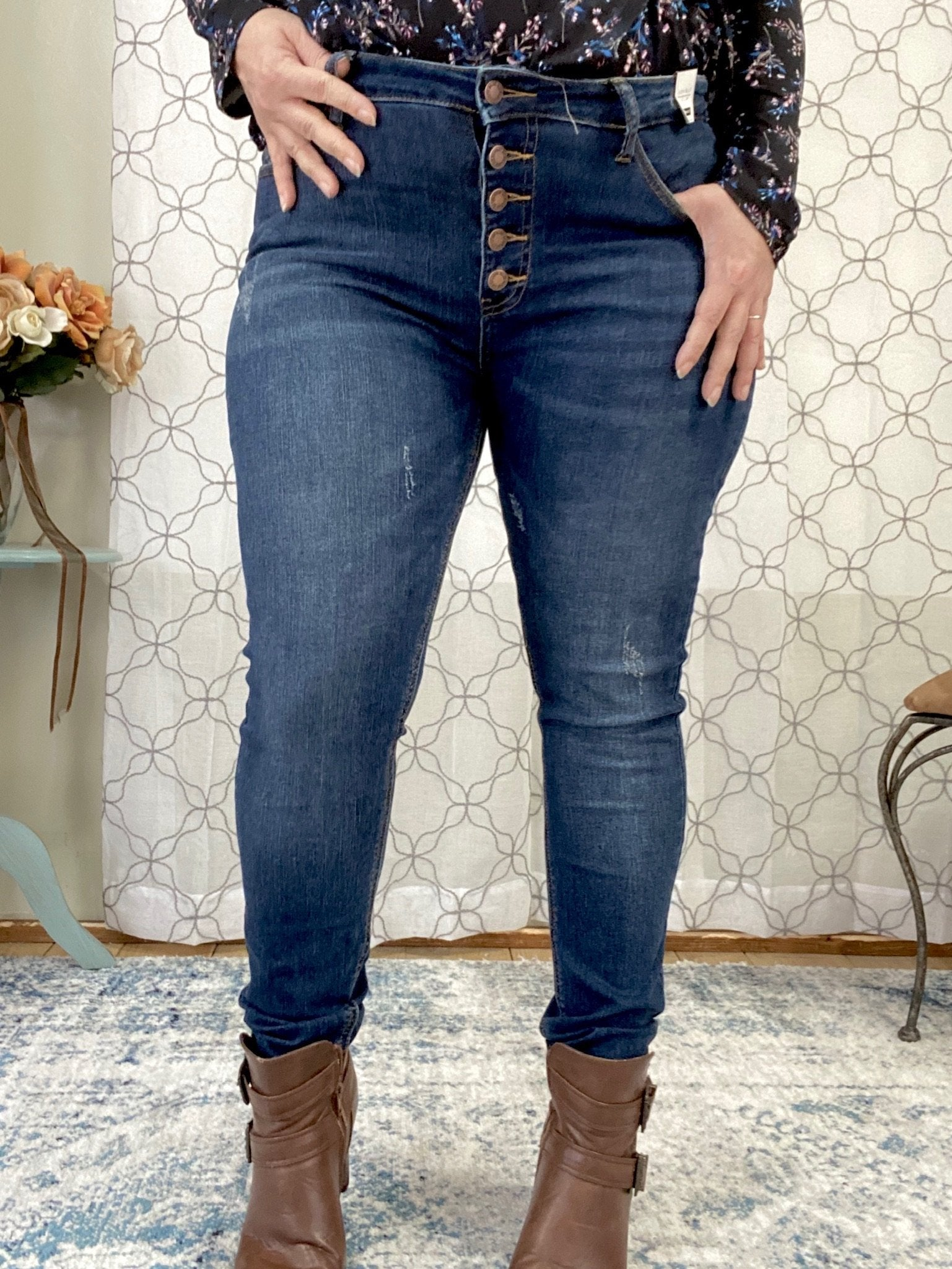 "Judy Blue Button Fly High Rise Skinny Jeans in a dark wash. 28.5"" Inseam Rise: Mid-Rise. 9"" Front Rise Material: 71% COTTON / 21% RAYON / 7% POLYESTER / 1% LYCRA Machine Wash Separately In Cold Water Stitching: Fly: Exposed Button Fly Style #: JB8855 , 8855 Model Alexis is wearing her true Judy Blue size 11"