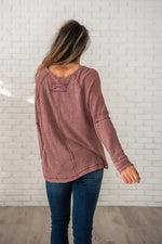 Load image into Gallery viewer, Mauve V Neck Waffle Knit Top