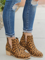 Load image into Gallery viewer, Corky's - Leopard Bootie