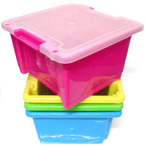 Small stackable coloured box with lid