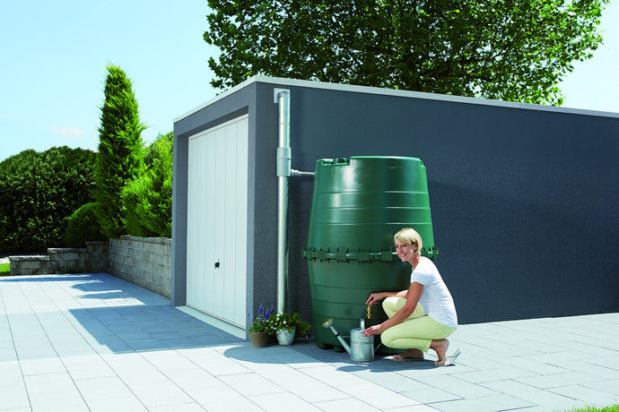 Top Tank Commercial Rain Barrel