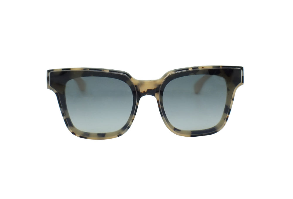 757 p391 paparrazi on sunglasses