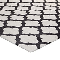 CHARLOTTE MOROCCAN TRELLIS 5X8 AREA RUG IN IVORY AND CHARCOAL