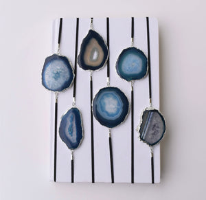 Blue Geode Stretch Bookmark