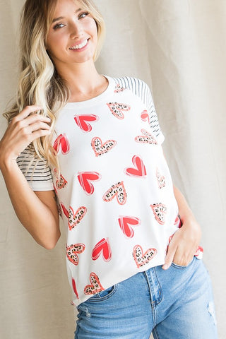 7th Ray Scribble Heart Raglan Top - Ivory