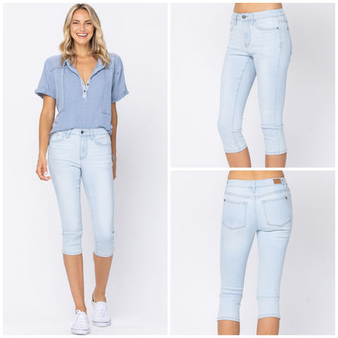 Judy Blue Light Wash Capri Jeans