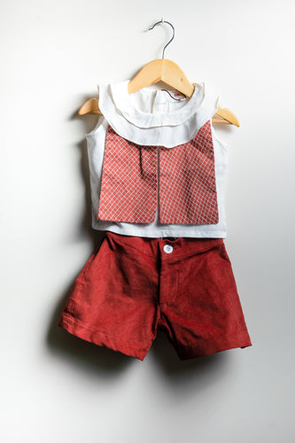 Paneled Crowl Neck Top With Bow Back Shorts