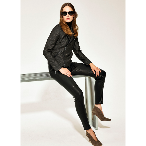 Classics by Worth Reno Pant ${description} $499.00 Available in: Size 02 Color Black