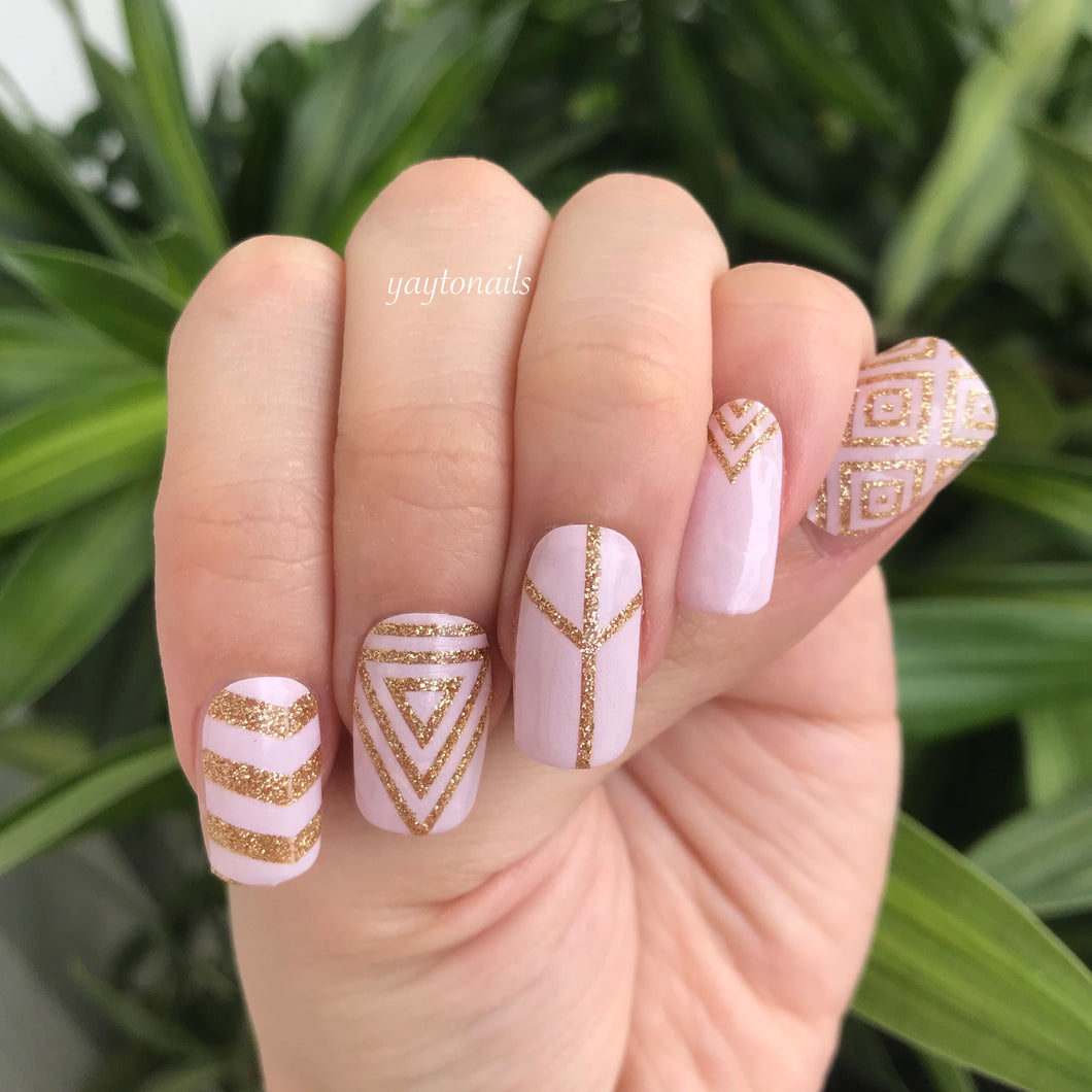 Girl Gatsby - Yay to Nails